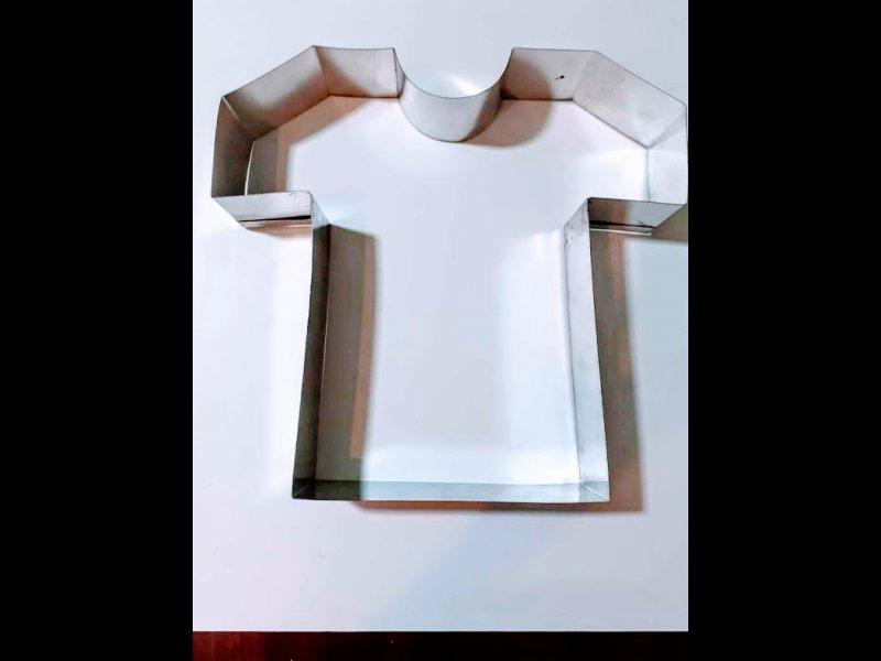 Aro de Hojalata Camiseta 32 cm de alto